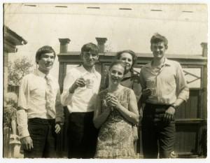 Vintage pals
